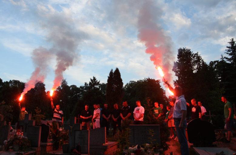 24 maja 2011r. Cmentarz Osobowicki, 8. rocznicza śmierci Rolika. Wielki Śląsk co roku upamietnia naszego kolegę, który nie wrócił z wyjazdu swojego ukochanego klubu.